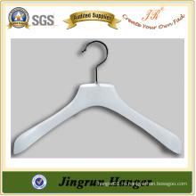 Вешалка для одежды в смоле с накладками