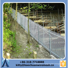 Powder coated high quality sloping terrain wire mesh fence for garden
