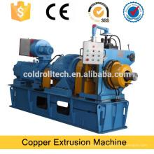 Máquina de extrusão rotativa contínua para fio de cobre plano
