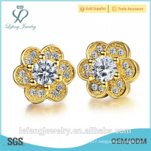 2016 Christmas gift Women Rhinestone Stud Earring girl Delicate Gold Earring