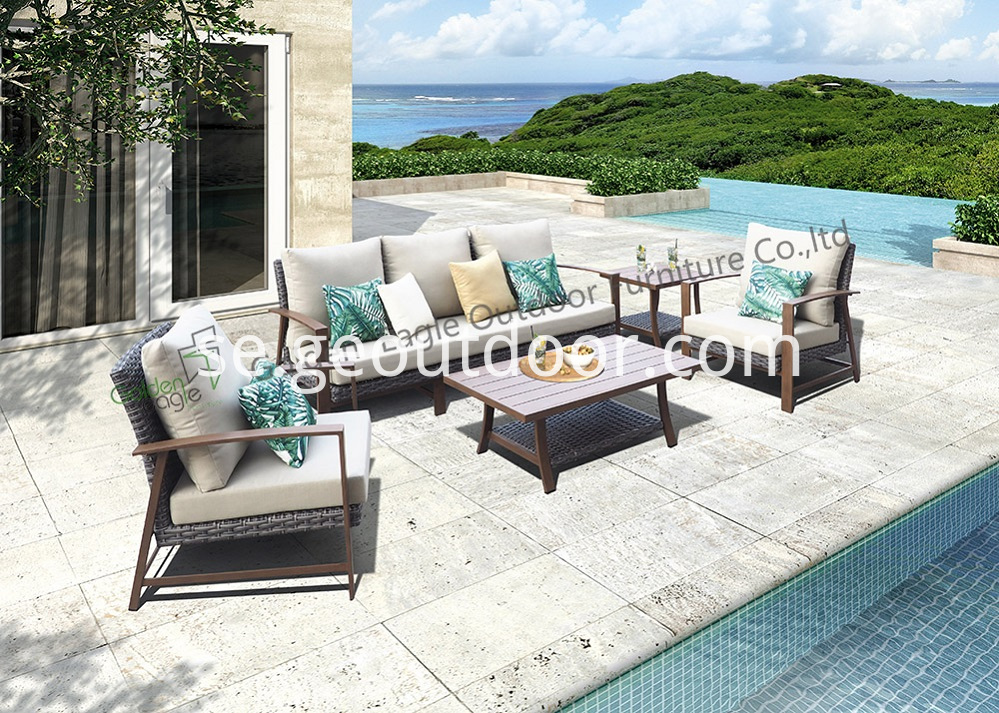 Aluminum With Pe Rattan Sofa