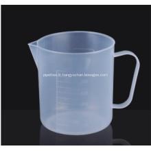 Tasse à mesurer en plastique avec poignée