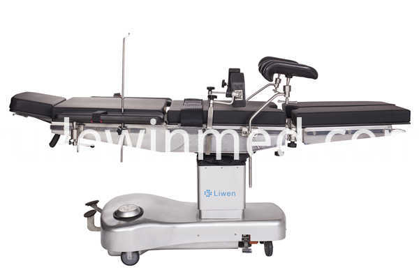 Manual operating table