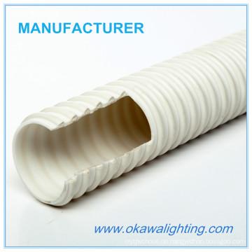 Weißer PVC-Schlauch für Bad