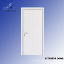 Marco de puerta de madera tallada a mano