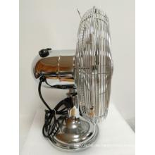 Ventilador de metal blanco con ventilador