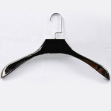 electroplate hanger for men