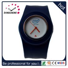 2015 горячая Распродажа мода продвижение Кварцевые часы/пощечину часы (ДК-934)