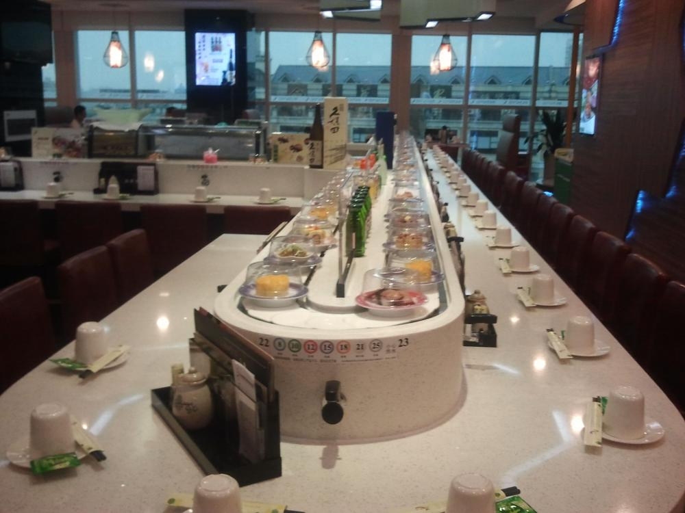 Sushi Conveyor For Cafeteria