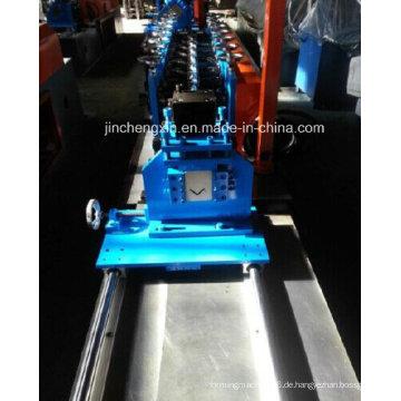 Winkel Cornner Deckenformmaschine