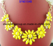 Fashion Alloy Jewelry Flower Accessories Charm Necklace (SFN0104)