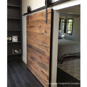 Porte coulissante horizontale pour planches horizontales rustiques sur rails uniquement