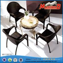 Chaises et tables de meubles de patio