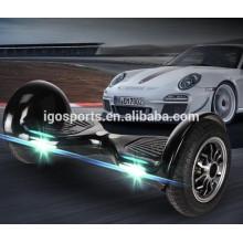 Zwei Räder selbstbalancierende Roller smart hoverboard mit buntem LED-Licht