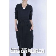 Modern knitted pure cashmere loose casual swearter dress, V-neck