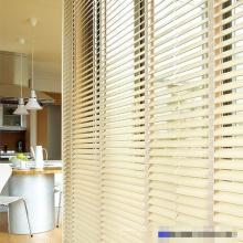 Weiße Faux Holz PVC-Jalousien für Wohnkultur
