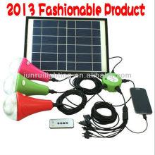 Аккумуляторная солнечной дома светодиодов с 3 Светодиодные лампы и автомобильное зарядное устройство