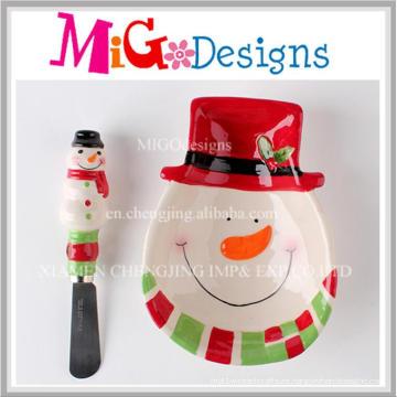 Conjunto hecho a mano de la placa y del esparcidor de cerámica del muñeco de nieve del regalo de la Navidad del regalo hecho a mano de la Navidad