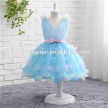 2017 nueva moda de diseño corto de color azul vestido de bola sin mangas de encaje vestido de niña de flores al por mayor