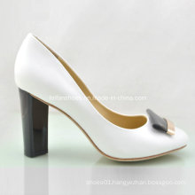 New Style Fashion Ladies Shoes Chunky Heels High Heels (OLY16311-10)