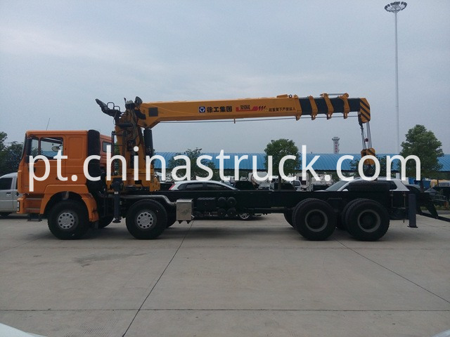 Shacman truck with crane XCMG