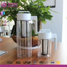 Vente en grosHot Personnalisé 2000 ML BPA Gratuit Tritan 1 Quart Froid Cafetière Glacée Maker