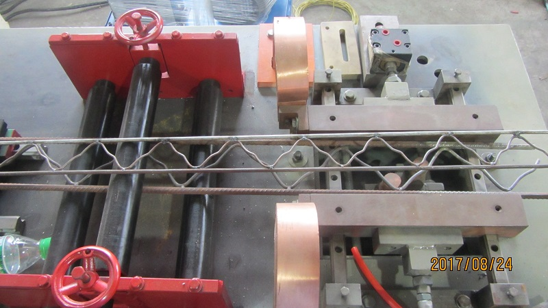 steel rods truss mesh machine for building (2)