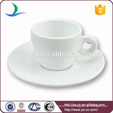 Copa de café de cerámica blanca más vendida con platillo