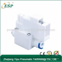 Adaptateur d'eau à haute pression