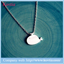 Nette Whale Anhänger Halskette Sterling Splitter 925 Schmuck Mädchen und Tier Halskette