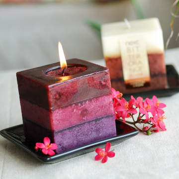 Best Quality for Christmas Candles scented square craft Candles supply to Japan Wholesale