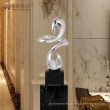 Escultura abstrata cruzada de resina de alta qualidade para decoração de interiores