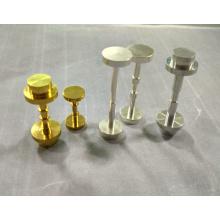 Peças de torneamento de materiais diferentes de alta qualidade