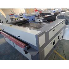 Máquina de corte de têxteis com alimentação automática Máquina de corte a laser Tzjd-1813D