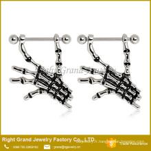 Émail en acier chirurgical des mains squelette mamelon bagues bijoux de boucliers