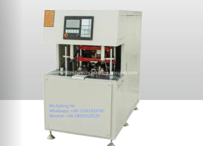 Corner cleaing machine