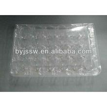 Boîtes en plastique d'oeufs de caille