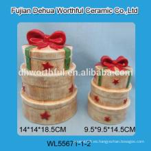 Recipiente de cerámica de pintura a mano con diseño de pastel
