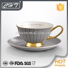 Кофейные чашки и блюдце из тонкого фарфора