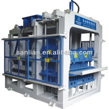 QT12(XL)-15 Automatic Block Making Machine: with single hopper, it can not produce pavers with double colors