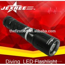 Lanterne de plongée LED rechargeable professionnelle OEMfactory Cree 18650