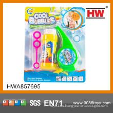 Los niños más populares soplando burbujas pipas de juguete