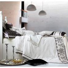 2015 Hot New Product Luxo Jacquard Bordados Bedding Set e Consolador Set China Têxtil