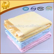 Feste Farben-Webart-kundenspezifische Entwurfs-Großhandels100% Baumwollzellen-Decken für Kinder