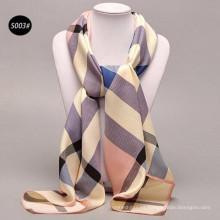 Cómodas mujeres bonitas 100 * 100 cm imprimir gran plaid al por mayor 100% bufandas de satén de seda señoras