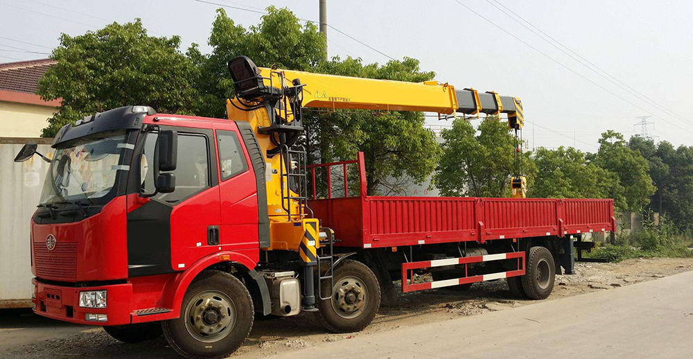 Crane Trucks Prices