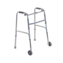 Krankenhaus-Gebrauchs-medizinischer älterer Wanderer