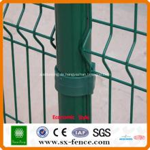 Grüner PVC-beschichteter Drahtzaun