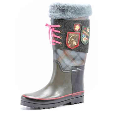 Gray Artificial Wool And Pink Lace Rubber Boots