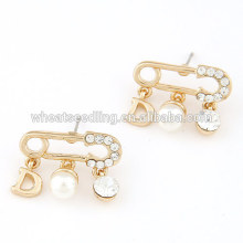 Fashion brooch design perle charms crystal Stud Earrings